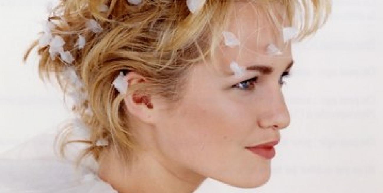Eccezionale Sposa: Il taglio Corto MB09