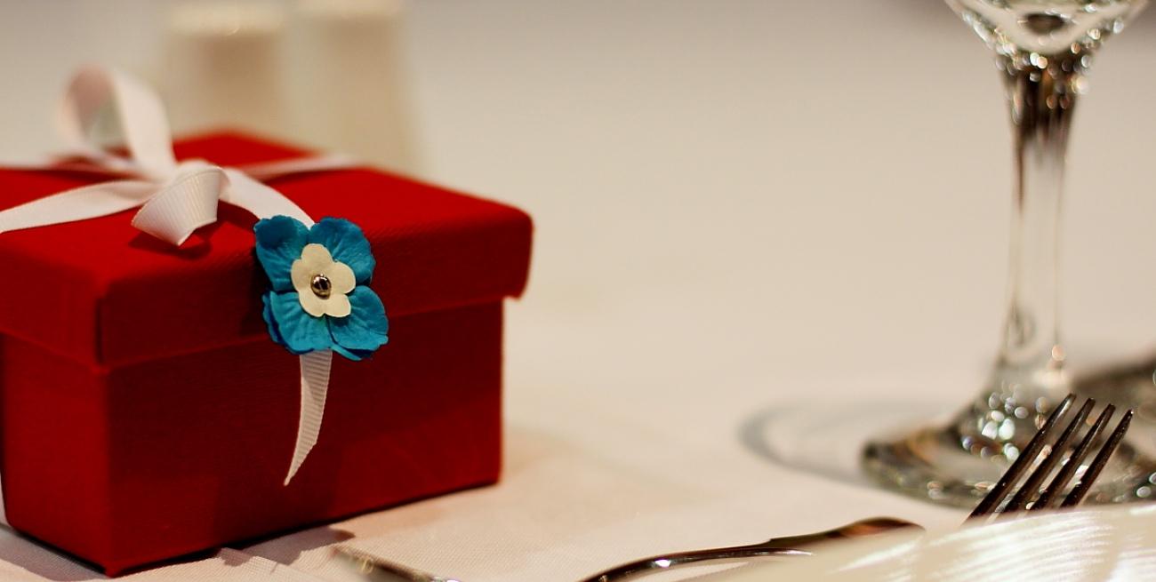 Cosa regalare ai testimoni di nozze - Idee regalo matrimonio testimoni ...