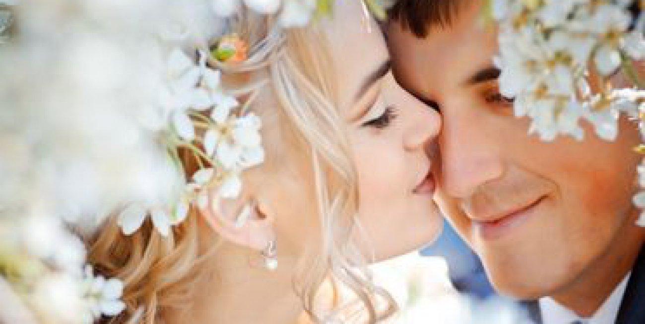 Auguri Originali Per Matrimonio : Idee per frasi di auguri di matrimonio scherzosi simpatici divertenti