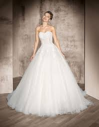 sposa in bianco