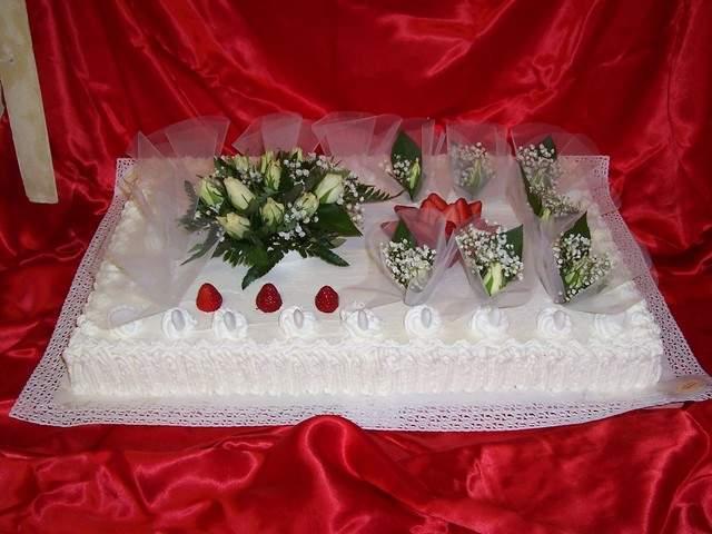 Matrimonio Spiaggia Emilia Romagna : Torta nuziale monopiano