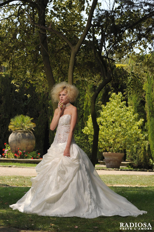 Matrimonio Spiaggia Emilia Romagna : Atelier sposa radiosa